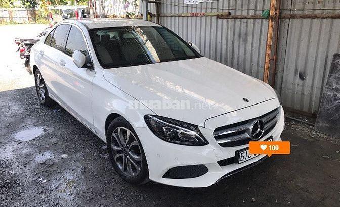 Cần cho thuê xe Merc C200 màu trắng đời 2018